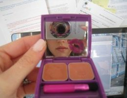 Yours truly photographing myself wearing the lip-plumping Luvah lip gloss duo in Mama's Boy, a color combo that's perfect for creating a sexy nude lip look that won't wash you out and will show up in pics